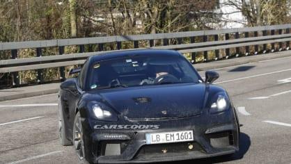 Porsche 718 Cayman GT4 2