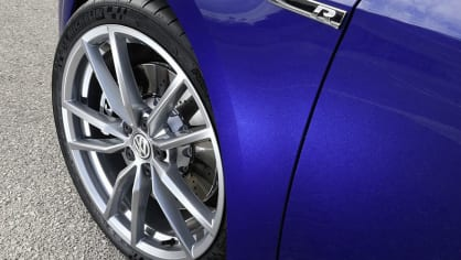 Volkswagen Golf R Performance 5
