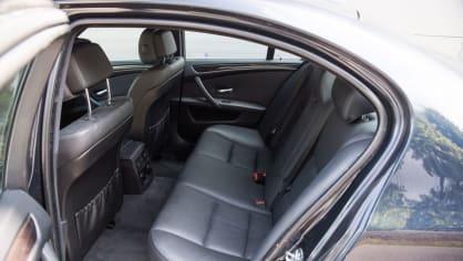 BMW 530i E60 interiér 9