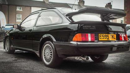 Ford Sierra RS500 Cosworth je vyhledávaná rarita. 5