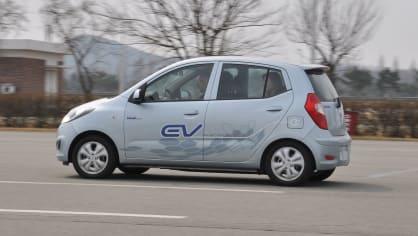 Hyundai i10 BlueOn All-Electric 2