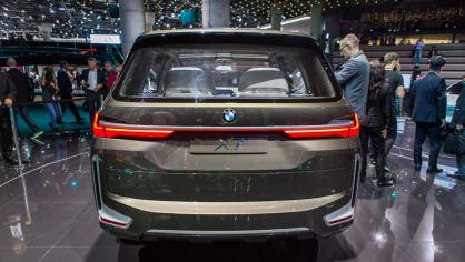 Působivé koncepty BMW na stánku ve Frankfurtu 30
