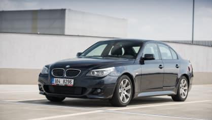 BMW 530i E60 exteriér 4