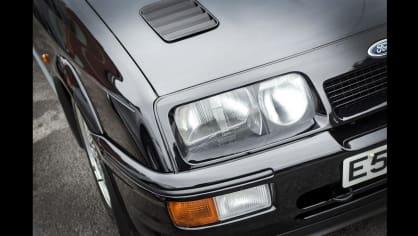Ford Sierra RS500 Cosworth je vyhledávaná rarita. 7