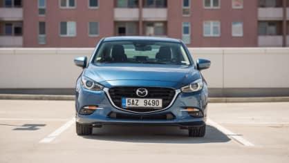 Mazda 3 Sedan po faceliftu 1