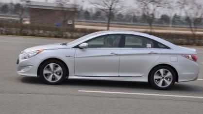 Hyundai Sonata Hybrid 1