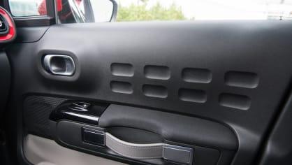 Citroën C3 1.2 PureTech interiér 3