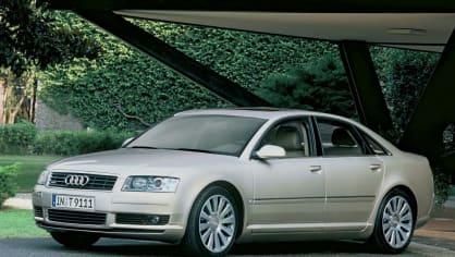 Audi A8 druhé generace 5