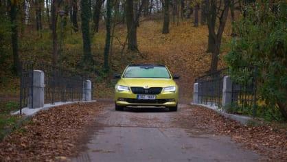 Škoda Superb 2.0 TSI 13
