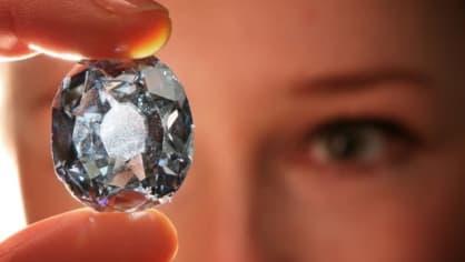 V jihoafrickém dole Cullinan, který patří společnosti Petra Diamonds, našli vzácný modrý diamant o váze 29,6 karátu. Ve stejném dole byl před několika lety nalezen modrý diamant, který vážil 26,6 karátu. Jeho hodnota byla 10,5 milionu švýcarských franků.
