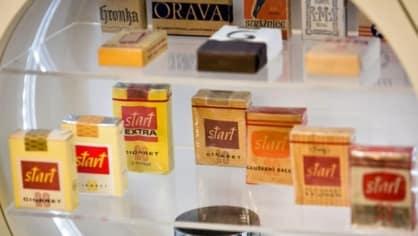 Každý kuřák s úctou ke svému kuřáckému image kouřil Startky. Tabáková firma Philip Morris ve své továrně sice staré krabičky od Startek vystavuje, loni ale oznámila, že s výrobou legendárních českých cigaret končí.Byl to smutný den pro všechny hipstery.