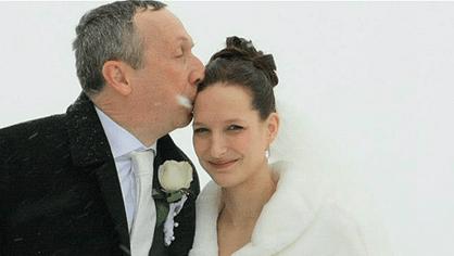 Svatební fotografie Václava Klause mladšího a jeho ženy Lucie