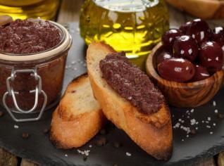 Fotografie k receptu Tapenáda z černých a zelených oliv