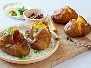 Fotografie k receptu Plněné pečené brambory