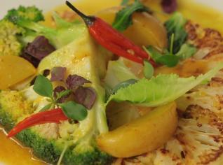 Fotografie k receptu Brokolice a květák s bramborem na másle