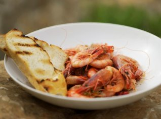 Fotografie k receptu Krevety s česnekem a chilli