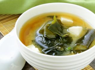 Fotografie k receptu Miso Shiru (Japonská polévka Miso Shiru)