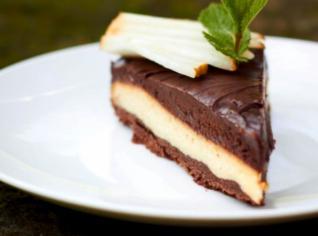 Fotografie k receptu Torta morbida (Čokoládový dort s hruškou)