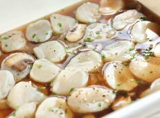 Fotografie k receptu Hřebenatky v houbovém vývaru