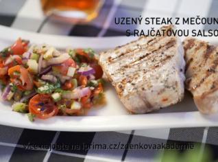Fotografie k receptu Uzený steak z mečouna s rajčatovou salsou