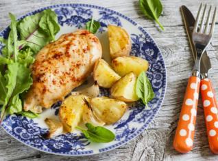 Fotografie k receptu Grilované kuřecí prsa a gratinované brambory