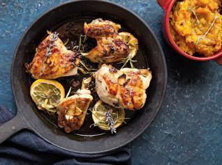 Fotografie k receptu Levandulové kuřecí kousky a šťouchaná dýně
