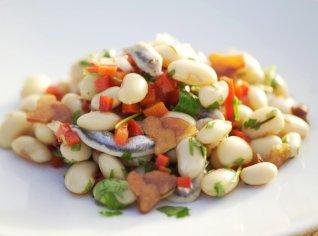 Fotografie k receptu Fazolový salát s ančovičkami