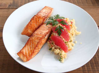 Fotografie k receptu Filet z lososa s grapefruitovým kuskusem