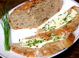 Fotografie k receptu Hruškův celozrnný pivní chléb