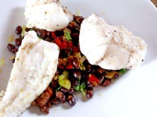 Fotografie k receptu Mořský ďas s fazolemi a salcicciou