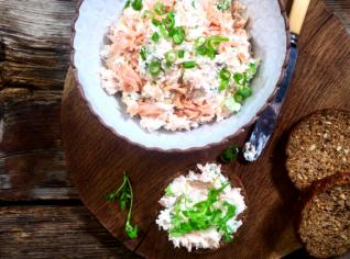 Fotografie k receptu Pomazánka z pečeného lososa