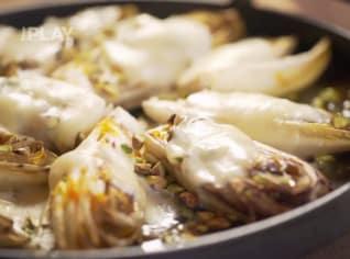 Fotografie k receptu Zapékaná čekanka se sýrem taleggio