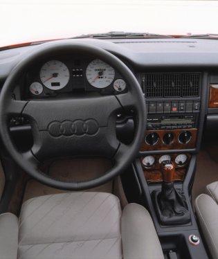 Audi S2 Avant: 280 S2 Avant nejela, 242 km/h je na malé kombi dost!