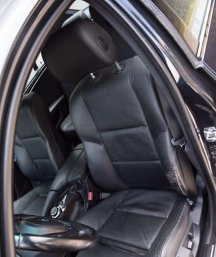 BMW 530i E60 interiér 5