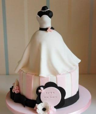 Nemusí to být vždy figurky na vrcholu svatebního dortu