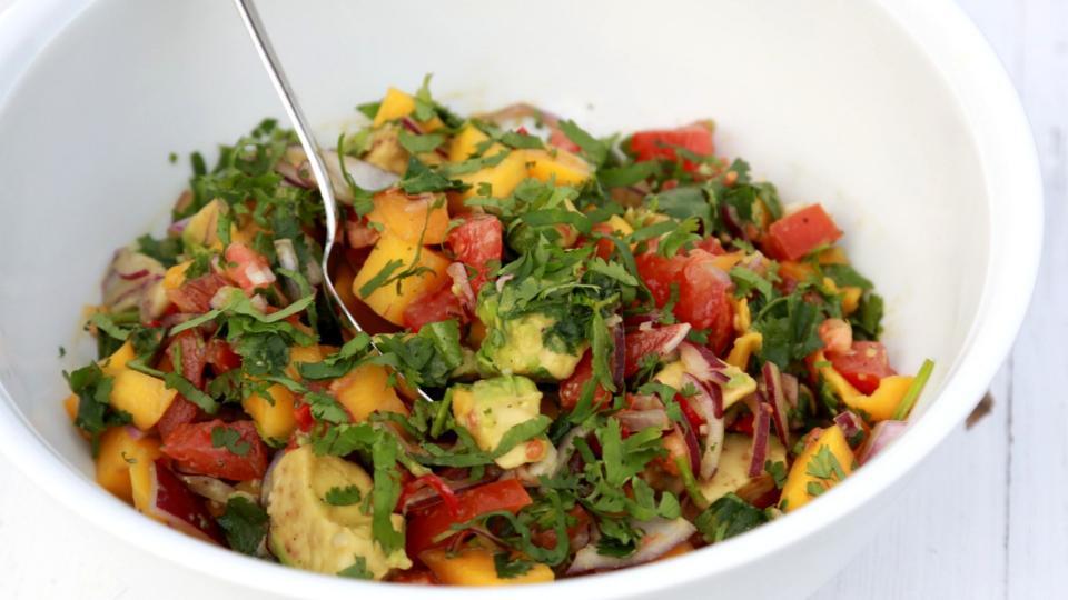 Mangový salát