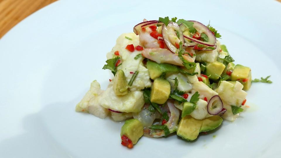 Ceviche z čerstvé ryby s avokádem