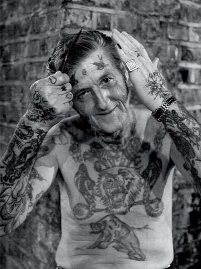 S odstupem času už tetování nepůsobí drsně