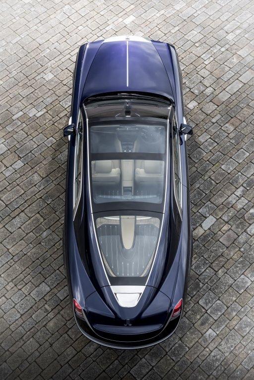 Nejdražší auto světa. Rolls-Royce Sweptail 11