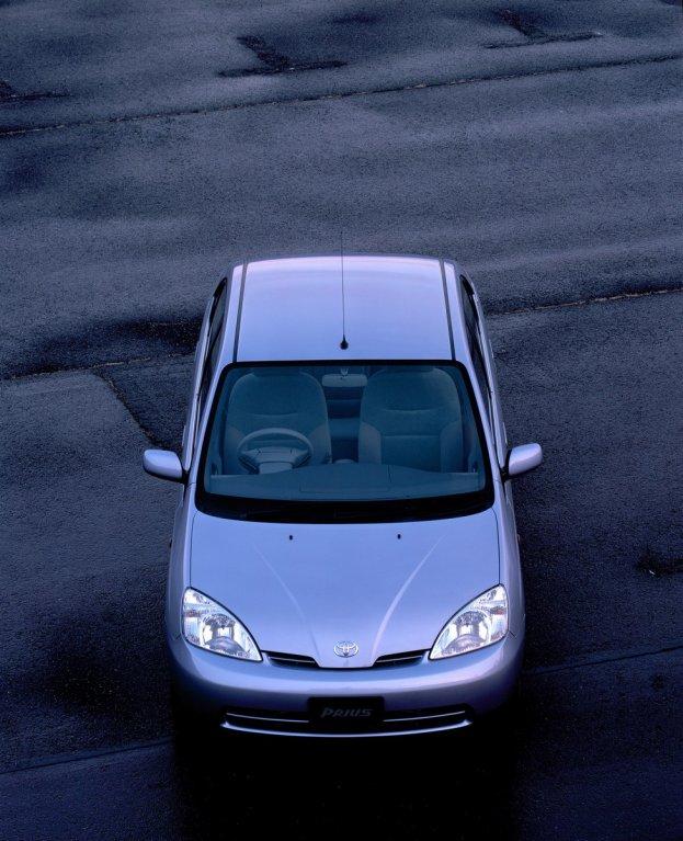 Toyota Prius 1997 4