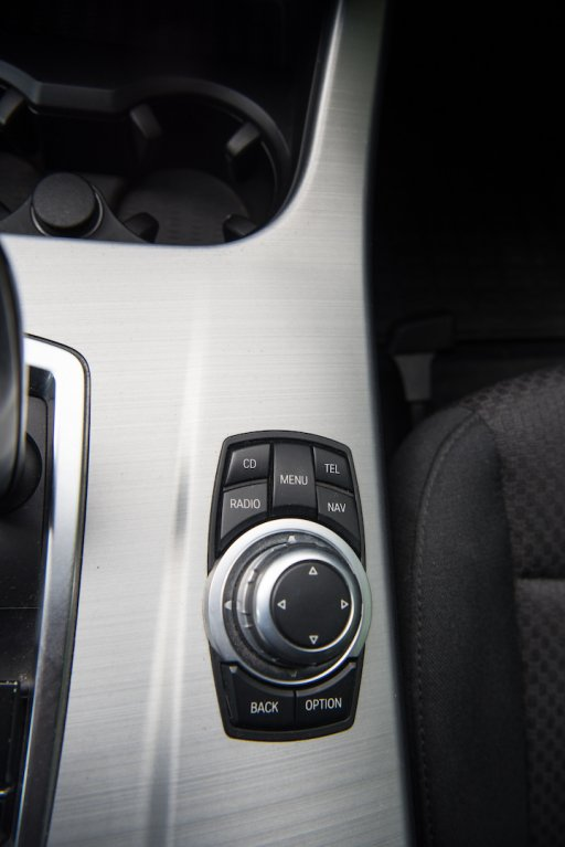 BMW X3 xDrive20d interiér 6