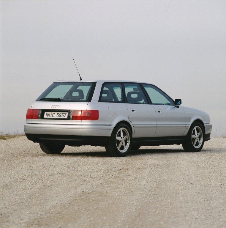 Audi S2 Avant: Audi 80 quattro Avant S2 - k rychlému kombi patří 4x4!