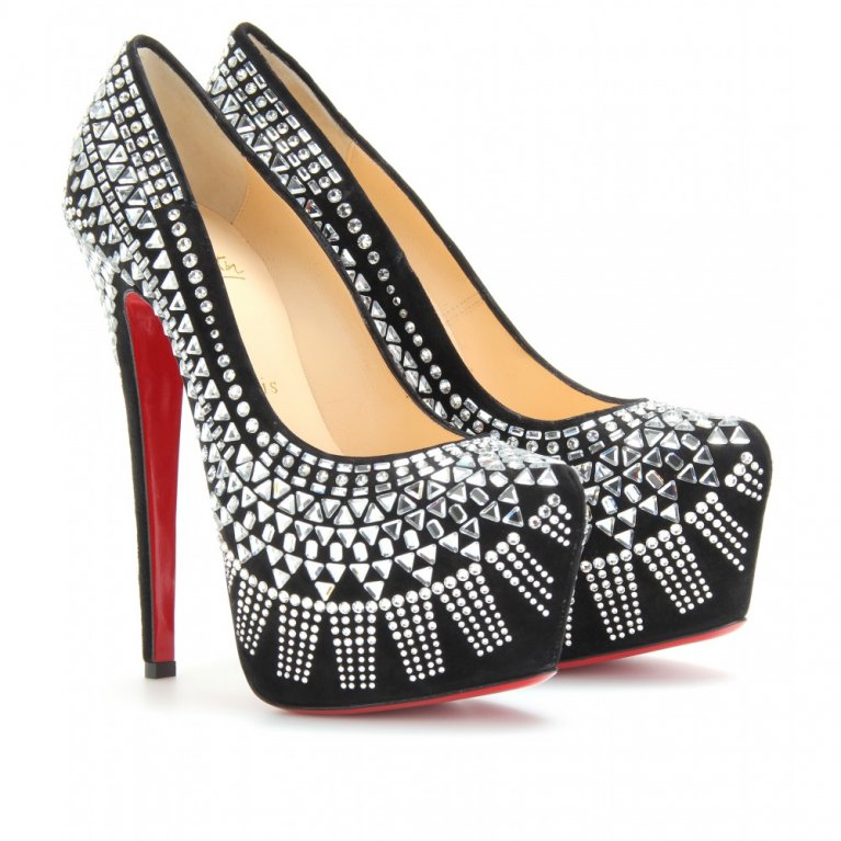 Louboutin party na MBPFW