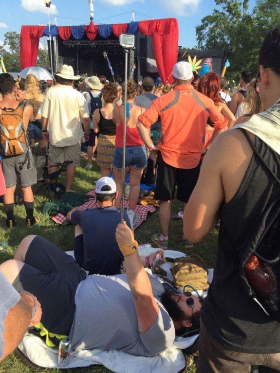 Každý si užívá festival po svém.