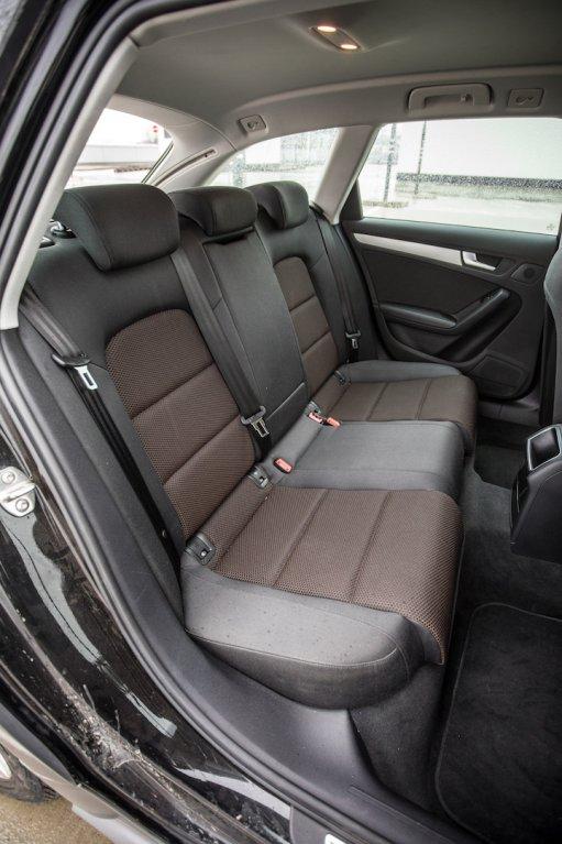 Audi A4 Allroad 2.0 TDI CR interiér 3