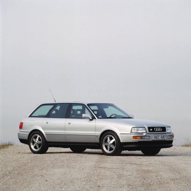 Audi S2 Avant: S2 stálo více jak dvakrát víc než základní 80 Avant 2,0i