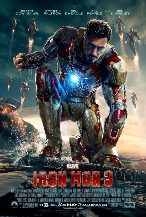 """Iron Man 3 (2013) - Události Avengers Tonym otřásly na tolik, že nemůže spát. """"Naštěstí"""" ho ale probudí nebezpečný terorista Mandarin, který srovná Tonyho vilu se zemí a vyzve ho na souboj."""