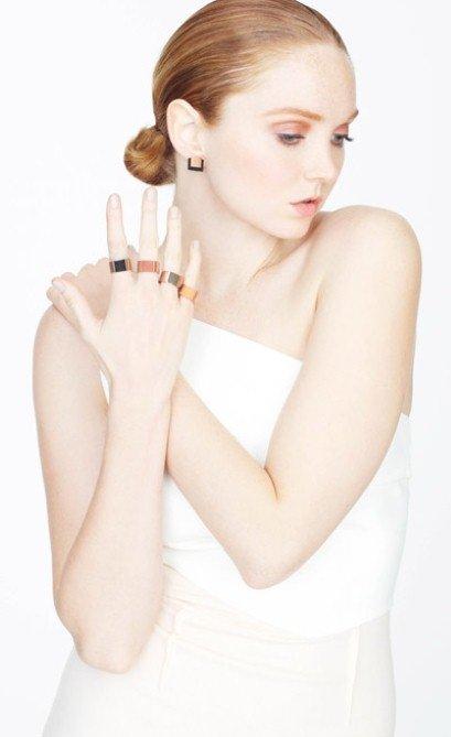 Modelka Lily Cole navrhla sadu originálních šperků