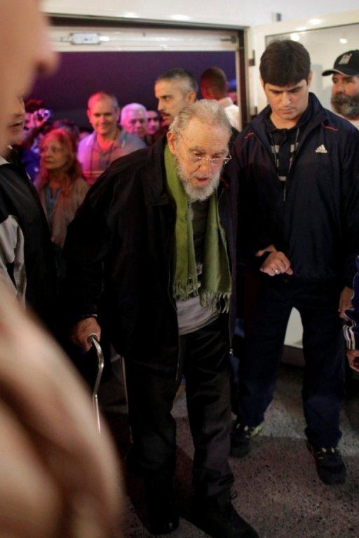 Někdejší kubánský vůdce, sedmaosmdesátiletý Fidel Castro, se zúčastnil otevření uměleckého studia v Havaně.
