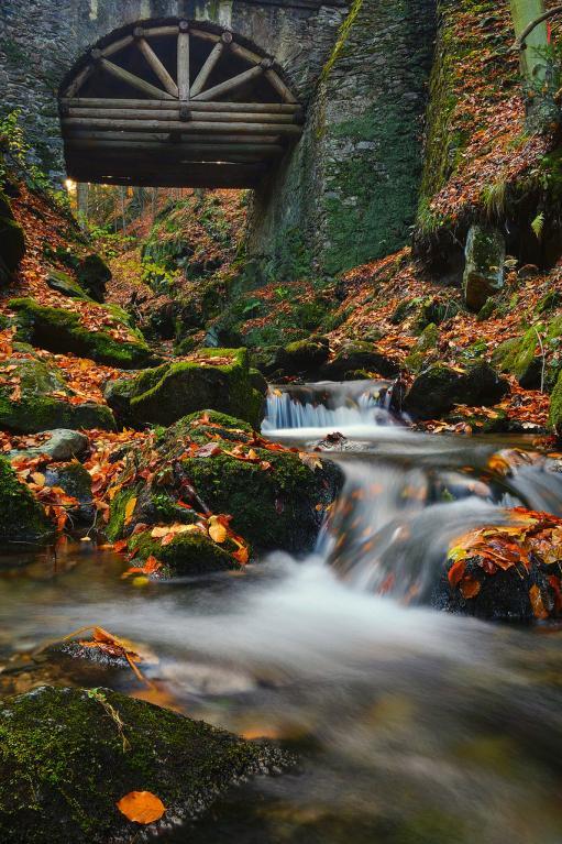 Podzimní vodopády objektivem Jiřího Doležala -  Nýznerov